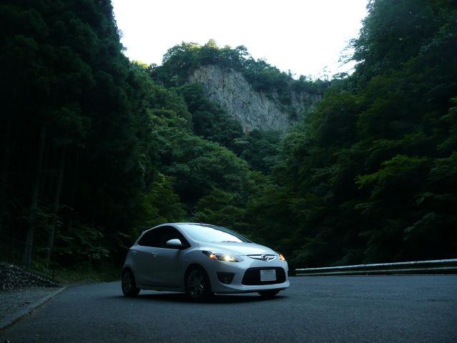 マツダスピードデミオDE5FSと神戸岩