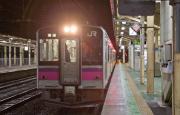 大館駅での青森行き701系