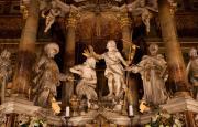 神々の彫刻
