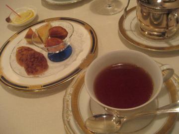 紅茶とフリヤンディーズ