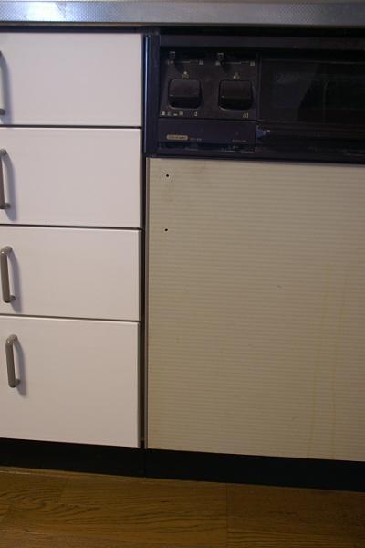 20101215キッチン扉