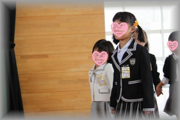 モモ入学式2