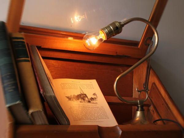 USA LEVITONソケット真鍮テーブルランプ/アンティーク卓上ライト
