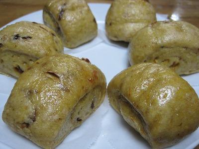 ライ麦クコプルーン饅頭