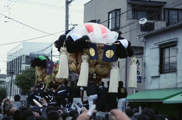 新居浜太鼓台祭り2012年 東町VS西町 鉢合わせ