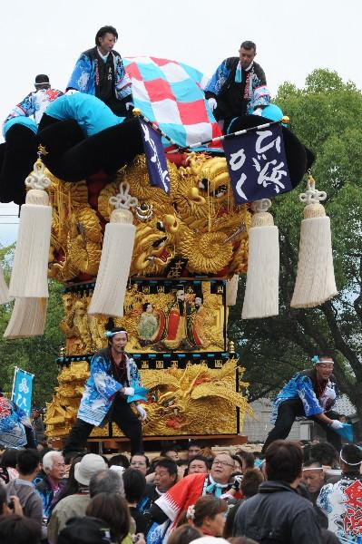 平成25年度新居浜太鼓祭り 八幡神社かきくらべ 東浜太鼓台