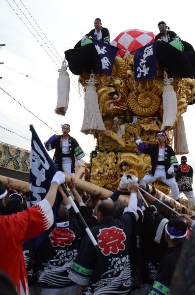 平成25年新居浜太鼓祭り 多喜浜駅前 本郷太鼓台