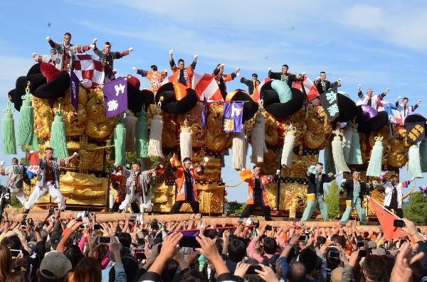 平成25年度新居浜太鼓祭り  山根グラウンド統一寄せ 中萩地区太鼓台