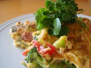 野菜とチーズのオムレツ1