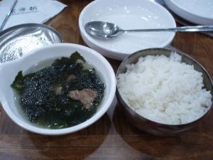 100105韓定食ご飯とスープ