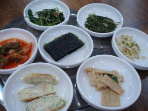100105韓定食のナムル