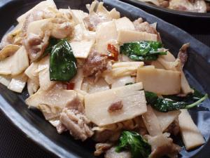 ラオス筍とバジル炒め