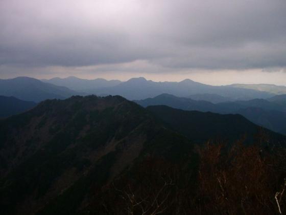 05 岳能堂、大洞山、尼ヶ岳