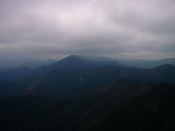 08 三峰山