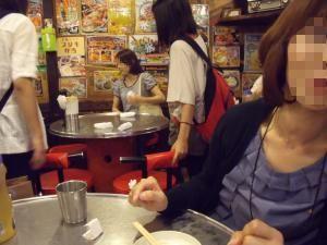 よっちゃんと韓国料理を食べに… (モザイク)