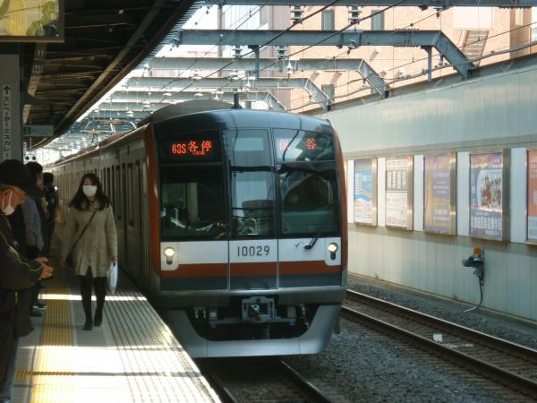 メトロ10129F 各停保谷行き 2013-03-16