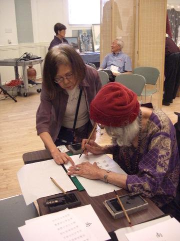 仏教会写経イベント 7-23-11 026