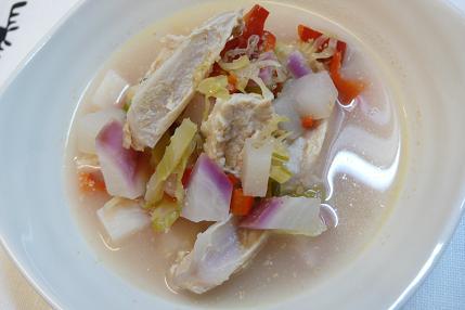 鶏軟骨と赤かぶのごま煮