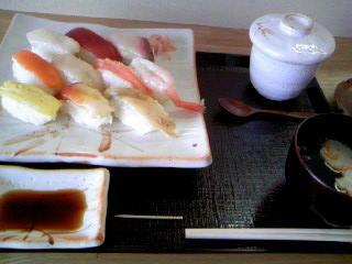 「おまえさん、回って無いお寿司だよ!(感涙)」