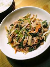 粗挽き豚ともやし野菜ピリ辛中華炒め003