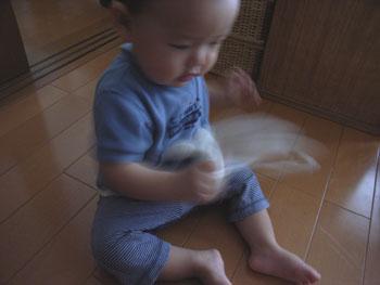 20110614ひつじ巾着とharu2