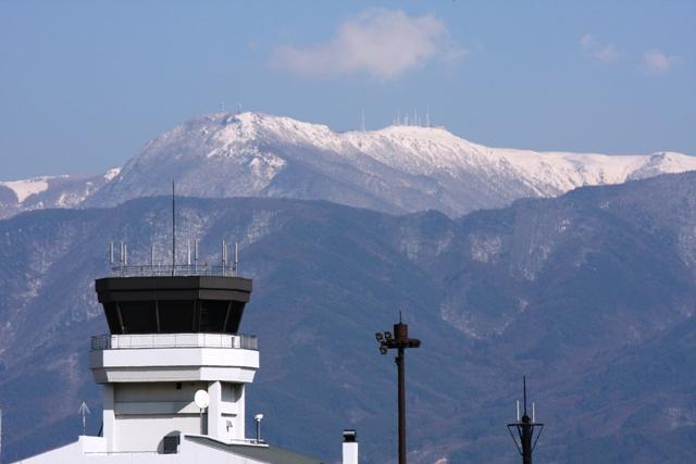 信州まつもと空港と、美ヶ原高原