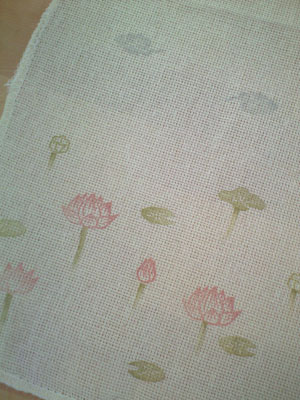 蓮花布巾のアップ