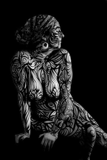 sexybodypainting011.jpg