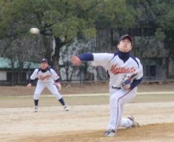 P2170083麻生投手と廣瀬遊撃手