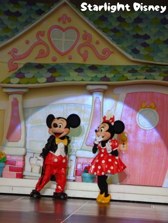100203-mickeyminnie5.jpg