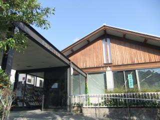 京都市岩倉図書館_05_2010-03-08