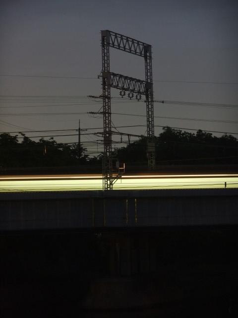 京阪本線(伏見港橋から撮影)_2011-05-09