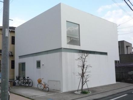 仙川の閉じた家①
