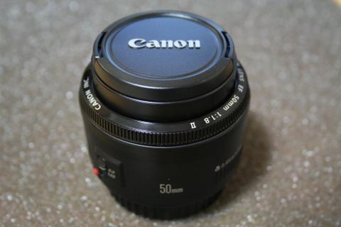 新しいレンズ EF 50mm F1.8 II