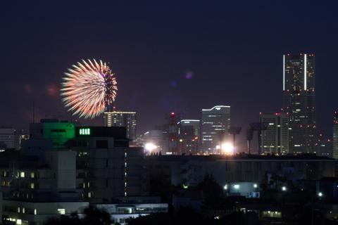 横浜花火ショー2