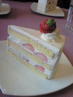 201001111310000ショートケーキ