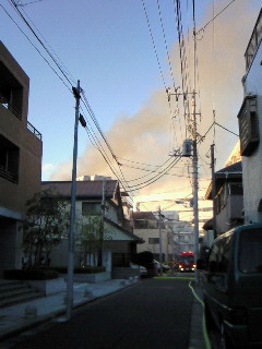201001131609000火事