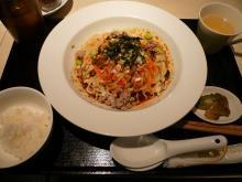 汁無四川担々麺
