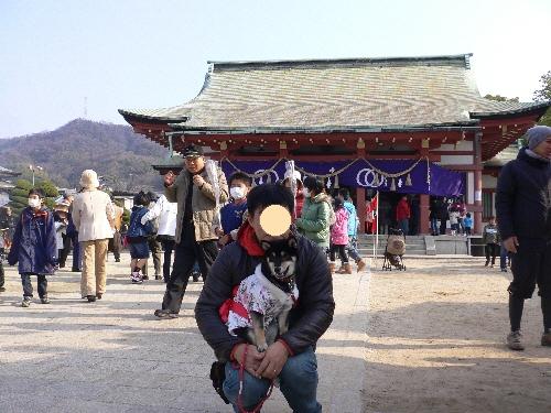 10.01.02  亀山神社 初詣