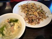 日替わりチャーハン+スープ(小鉢・デザート付き)