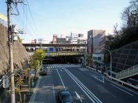 道灌山と西日暮里駅