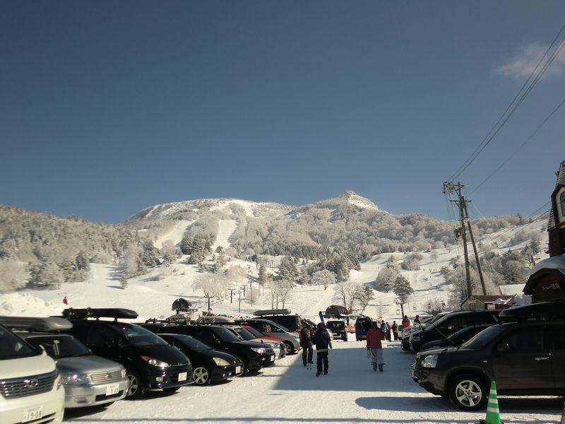 10時に山田牧場スキー場に到着 ...