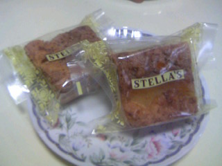 ステラおばさんのベルベットケーキ1