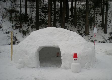 明日23日は、角間の里雪だるままつりです・・・