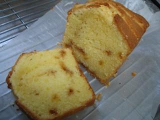 レモンキャラメルパウンドケーキ