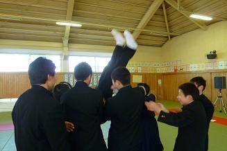 柔道部 お別れ儀式4