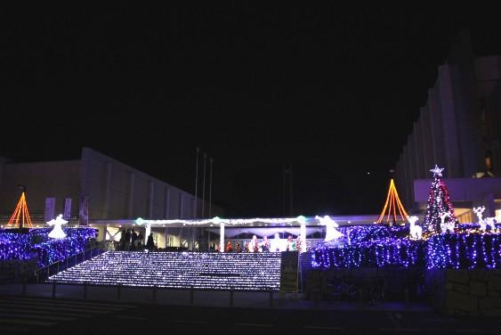 県民文化センターのイルミネーション