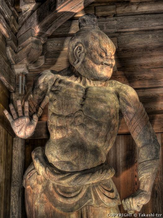 財賀寺仁王門金剛力士立像吽形像
