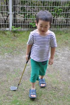 お庭ゴルフ1