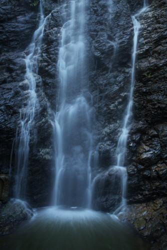 不動の滝ー2